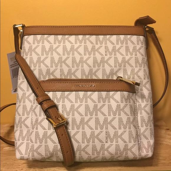 2f83e0dd24b8 Michael Kors Bags | Vanilla Morgan Messenger | Poshmark